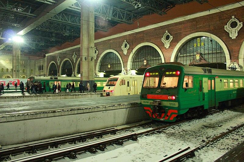 Пригородные поезда, 2011.