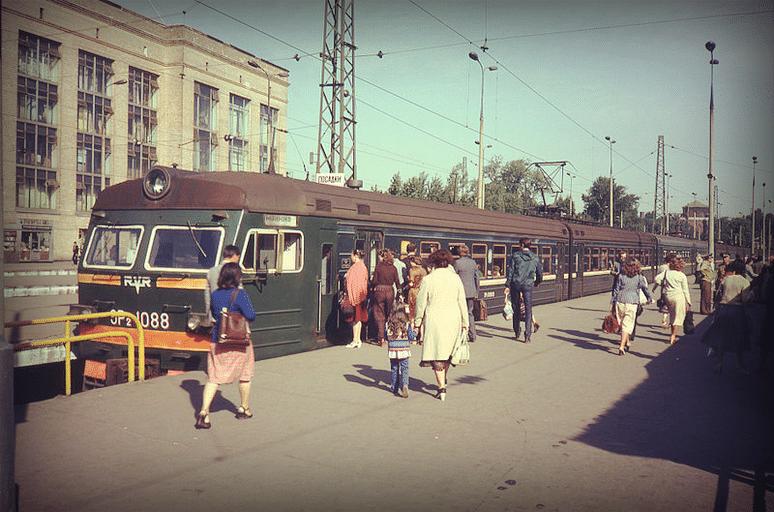 ЭР2-1088 на Ярославском вокзале. 1982