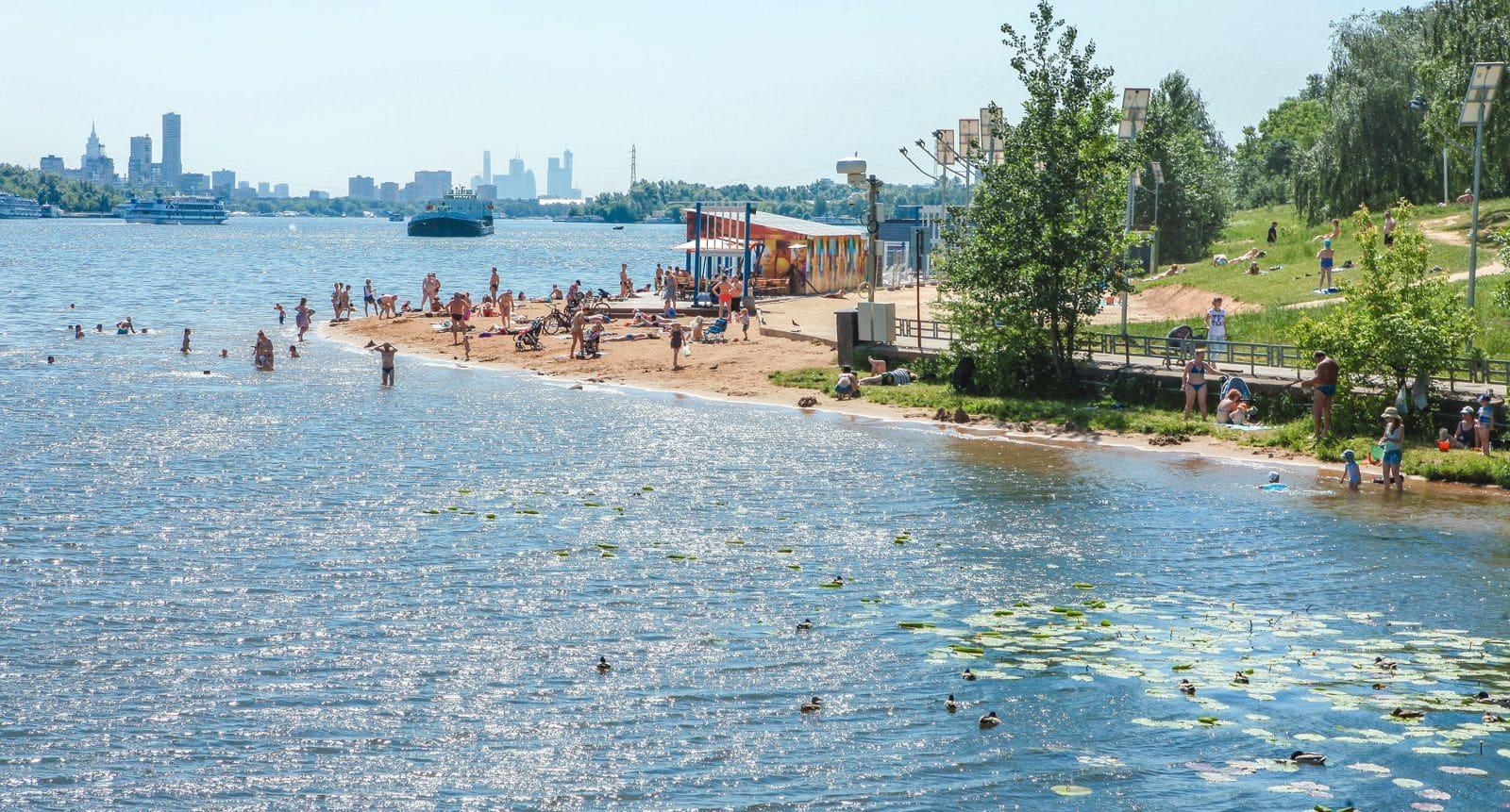 Где можно плавать в Москве