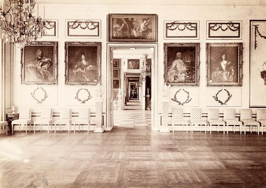 Большой дворец. Столовая. Около 1886 года