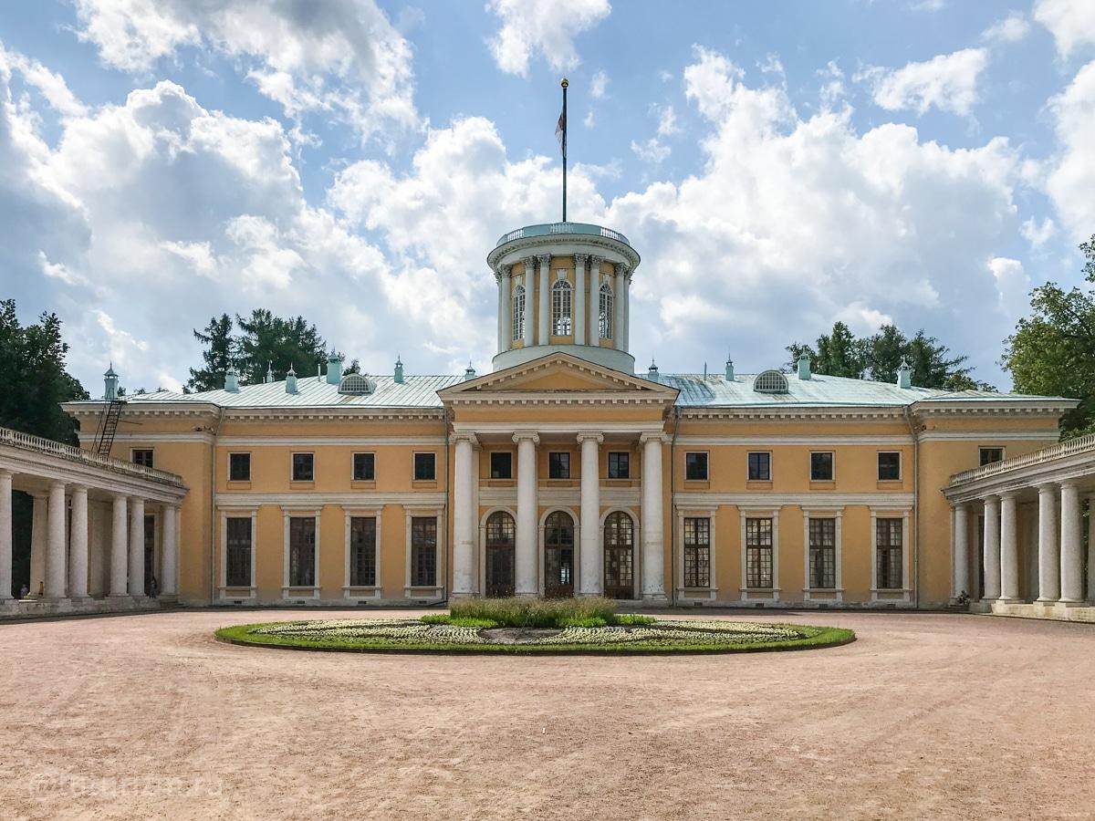 Усадьба Архангельское в Москве