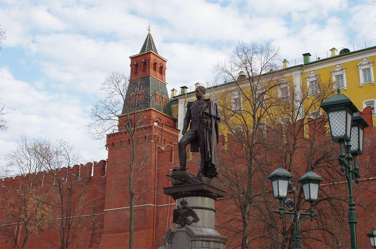 Комендантская башня Московского Кремля