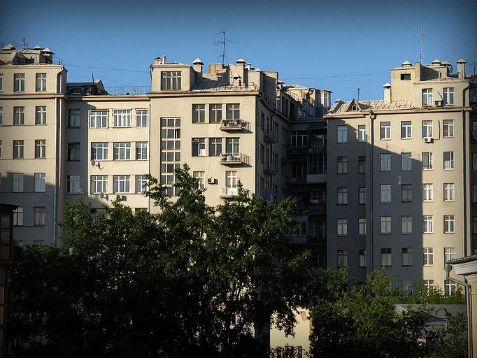 Дом на Набережной в Москве