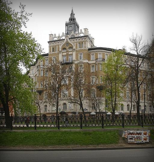 Дом страхового общества «Россия», 2007 год.