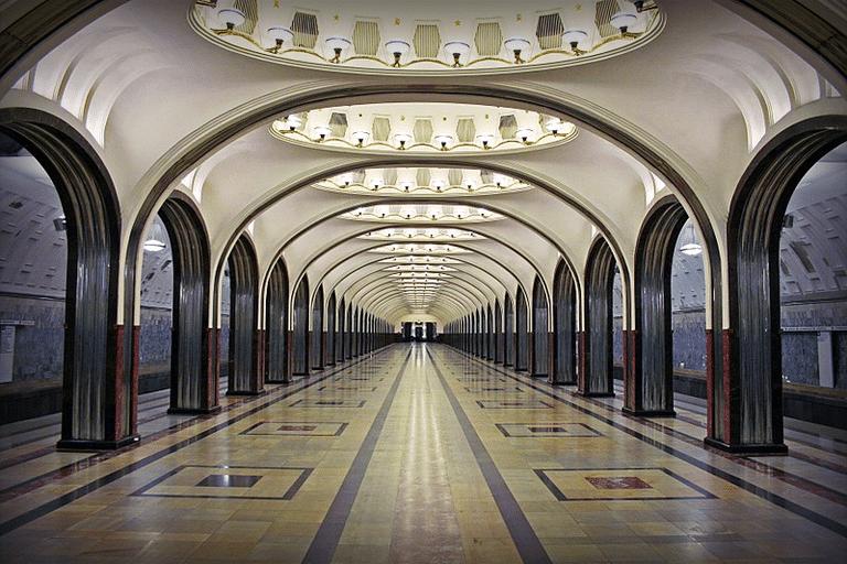 Станция метро Маяковская после ремонта 2010 год