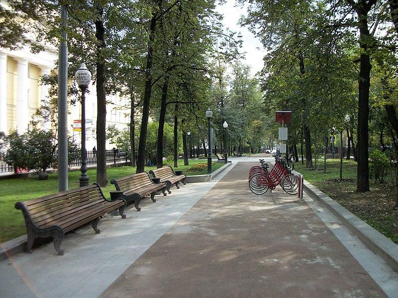 Покровский бульвар, 2013.