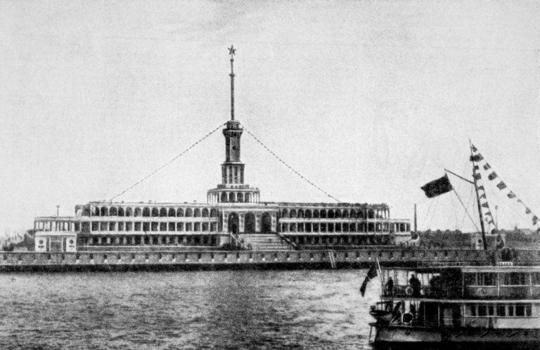 Первая флотилия канала Москва — Волга, 2 мая 1937 года