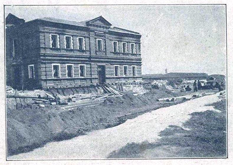 Первый перемещенный каменный дом России