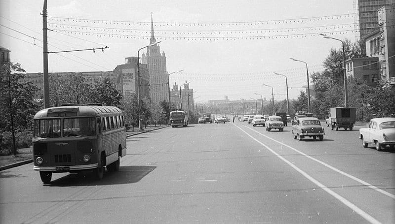 Вид на гостиницу с Нового Арбата, 1967 год