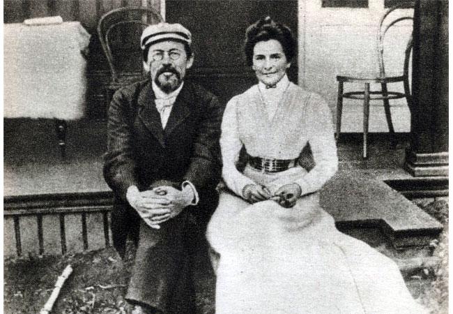 Антон Павлович Чехов с женой Ольгой Леонардовной Книппер-Чеховой