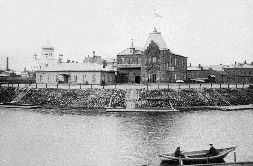 Яхт-клуб на Стрелке 1890