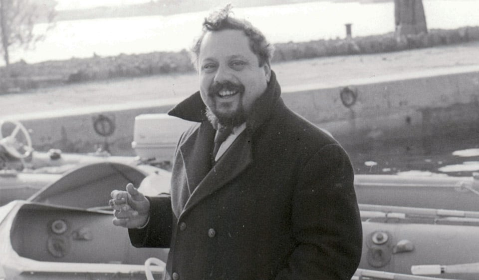 Алан Бомбар